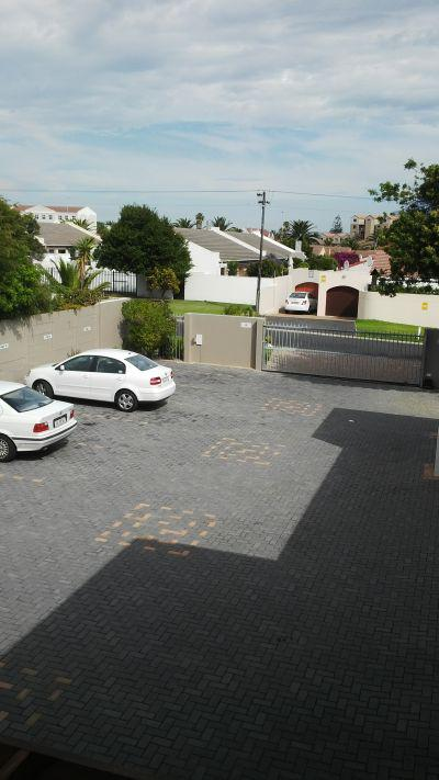 Property For Rent in Bloubergstrand, Cape Town 7