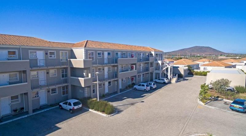 Property For Sale in Melkbosstrand, Melkbosstrand 2